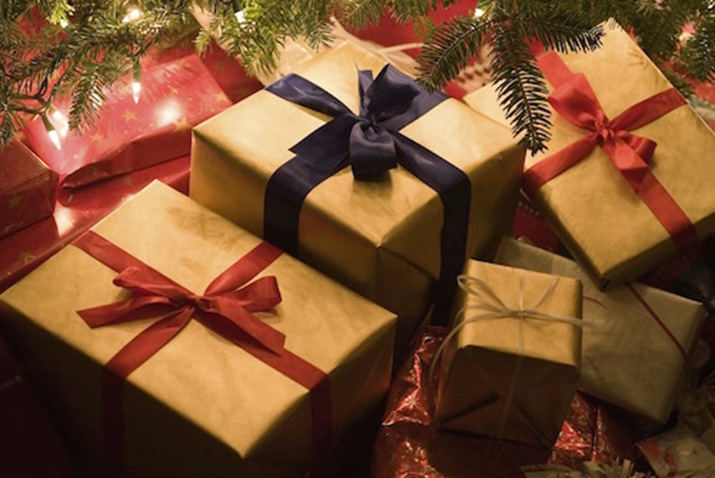 The 10 Rules of Holiday Gift Giving Etiquette