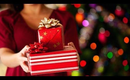 10 Rules for Holiday Gifting/Re-Gifting Etiquette for the Season