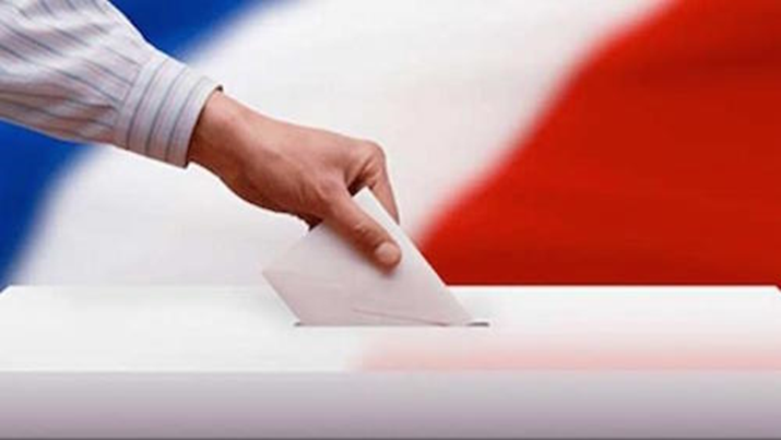 AP: French Elections Most Unpredictable In Generations