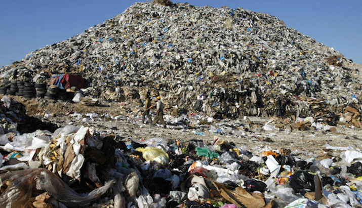 Clean Sheets, Trashed Planet: 70% of Americans Are Contributing to a 10-Million-Ton Landfill Problem